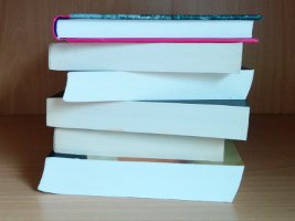 Voordelen van digitaal lezen: geen stapel ongelezen boeken