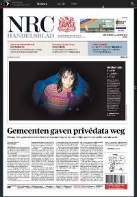 Digitaal krant lezen op een tablet - voorpagina