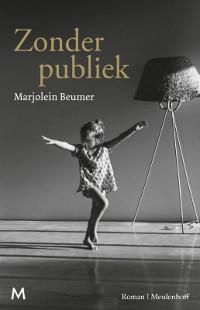 Zonder publiek van Marjolein Beumer